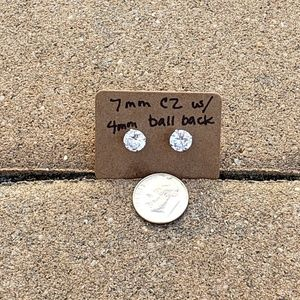 #467 NWOT 7mm CZ SS earrings w/BALL screw back